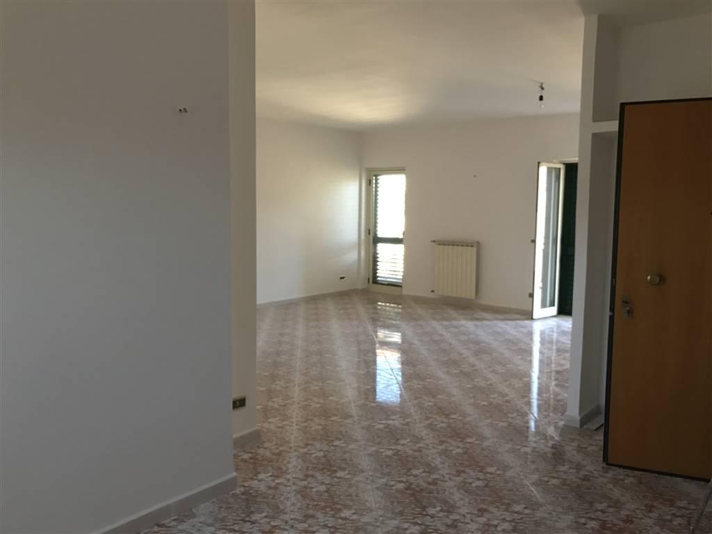 Appartamento in affitto a Capodrise, 3 locali, prezzo € 400 | Cambio Casa.it