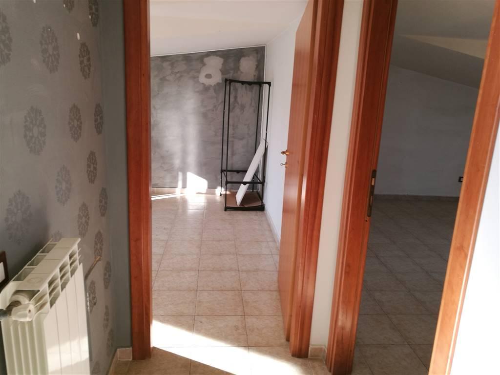Attico / Mansarda in Affitto a Portico di Caserta