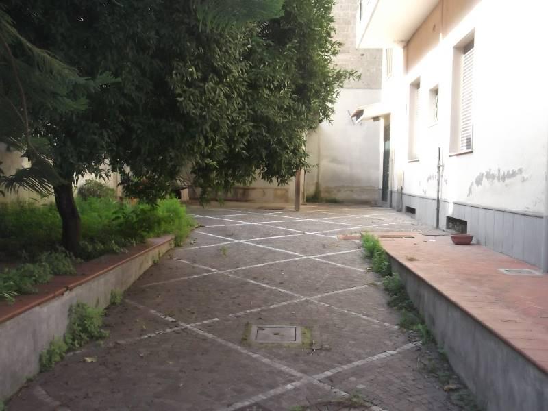 Palazzo-stabile Vendita Marcianise
