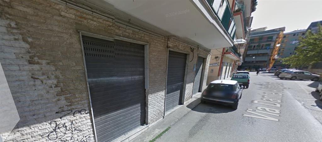 Negozio / Locale in affitto a Battipaglia, 9999 locali, prezzo € 500   Cambio Casa.it