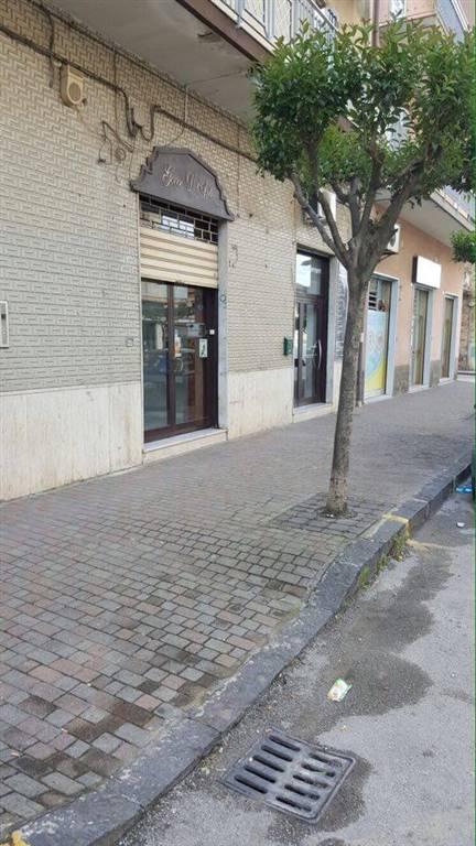 Negozio / Locale in affitto a Battipaglia, 9999 locali, prezzo € 450   Cambio Casa.it