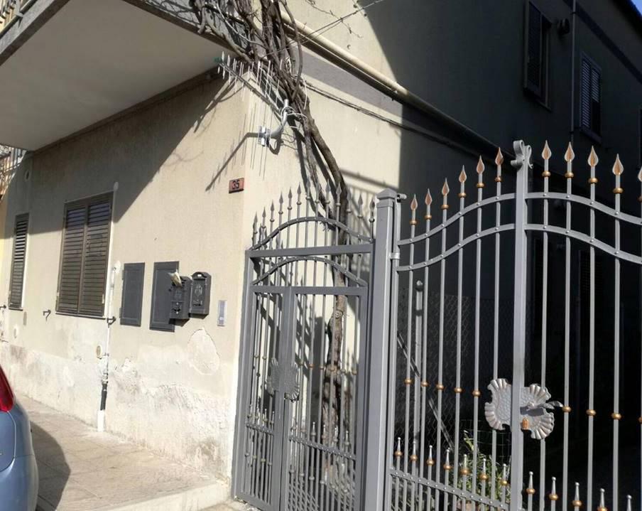 Appartamento in vendita a Battipaglia, 3 locali, prezzo € 79.000 | Cambio Casa.it
