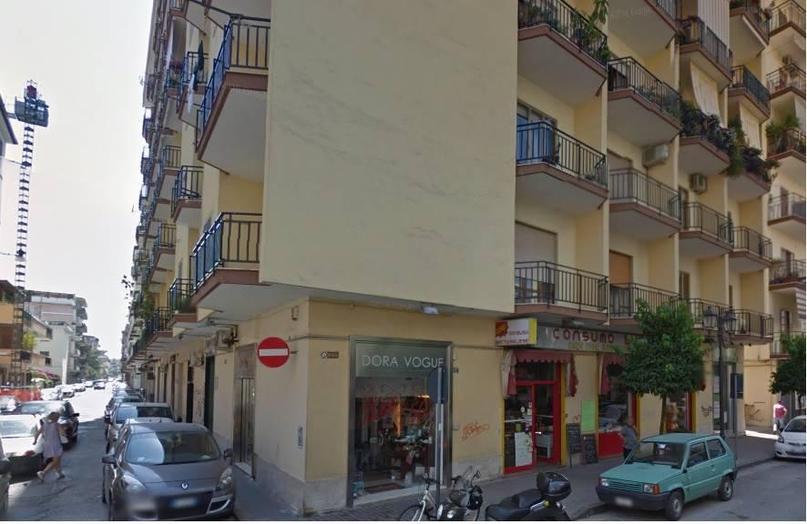 Negozio / Locale in affitto a Battipaglia, 9999 locali, prezzo € 600   Cambio Casa.it