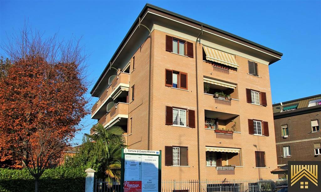 Attico / Mansarda in vendita a Cusano Milanino, 3 locali, zona Località: CENTRO, prezzo € 190.000 | CambioCasa.it