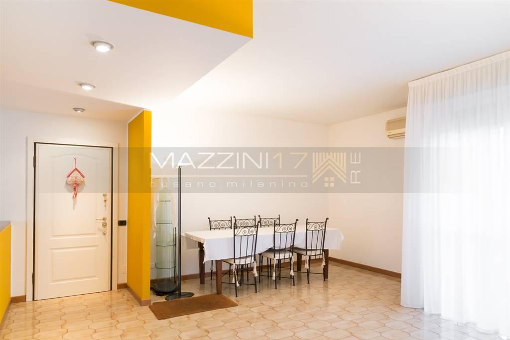 Attico / Mansarda in vendita a Paderno Dugnano, 5 locali, prezzo € 325.000 | Cambio Casa.it