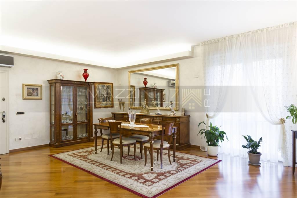 Attico / Mansarda in vendita a Cormano, 5 locali, zona Zona: Cormano-Centro, Trattative riservate | CambioCasa.it