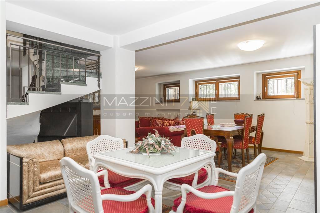 in vendita Appartamento indipendente, Viale Unione 49 ...
