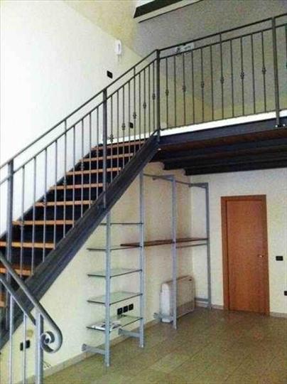 Negozio / Locale in affitto a Forlì, 2 locali, prezzo € 450 | Cambio Casa.it
