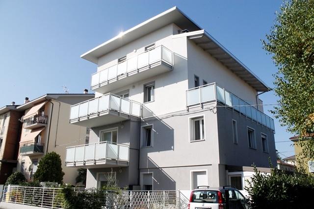 Appartamento in vendita a Forlì, 3 locali, zona Località: MUSICISTI, prezzo € 170.000   Cambio Casa.it