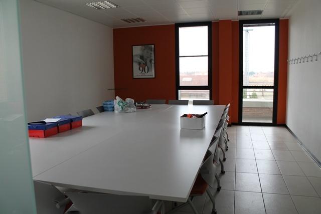 Ufficio / Studio in affitto a Forlì, 7 locali, zona Zona: Semicentro, prezzo € 2.000 | Cambio Casa.it