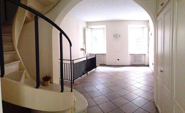 Soluzione Indipendente in vendita a Forlì, 7 locali, zona Zona: Centro, Trattative riservate | Cambio Casa.it