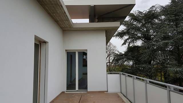Attico / Mansarda in vendita a Forlì, 5 locali, zona Zona: Ronco, prezzo € 400.000   Cambio Casa.it