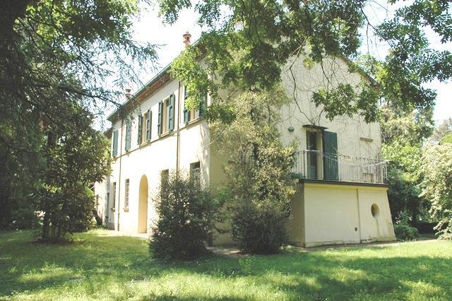 Villa in vendita a Forlì, 7 locali, zona Località: CARPENA, prezzo € 500.000   Cambio Casa.it