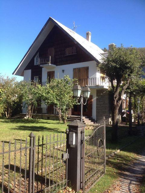 Soluzione Indipendente in vendita a Galeata, 11 locali, zona Località: MERCATALE, prezzo € 265.000 | Cambio Casa.it
