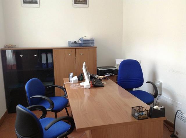 Ufficio / Studio in affitto a Forlì, 2 locali, zona Zona: Centro, prezzo € 370 | Cambio Casa.it