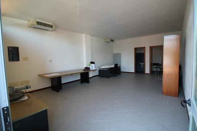 Ufficio / Studio in vendita a Forlì, 1 locali, zona Zona: Centro, prezzo € 85.000 | Cambio Casa.it
