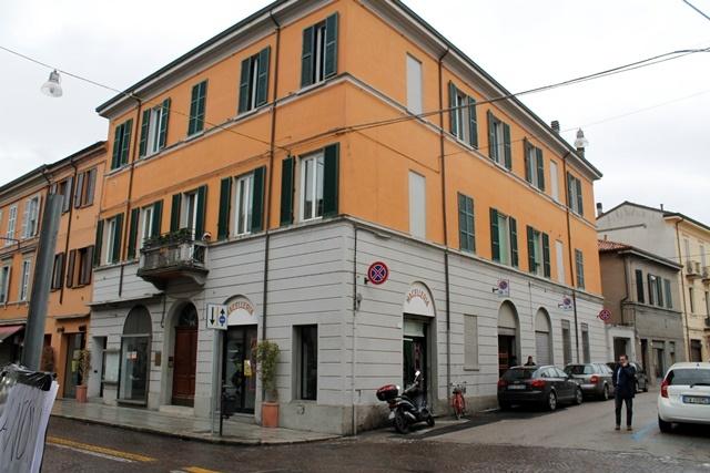 Negozio / Locale in affitto a Forlì, 2 locali, zona Zona: Centro, prezzo € 600 | Cambio Casa.it