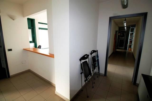 Ufficio / Studio in affitto a Forlì, 9999 locali, zona Zona: Semicentro, prezzo € 750 | Cambio Casa.it