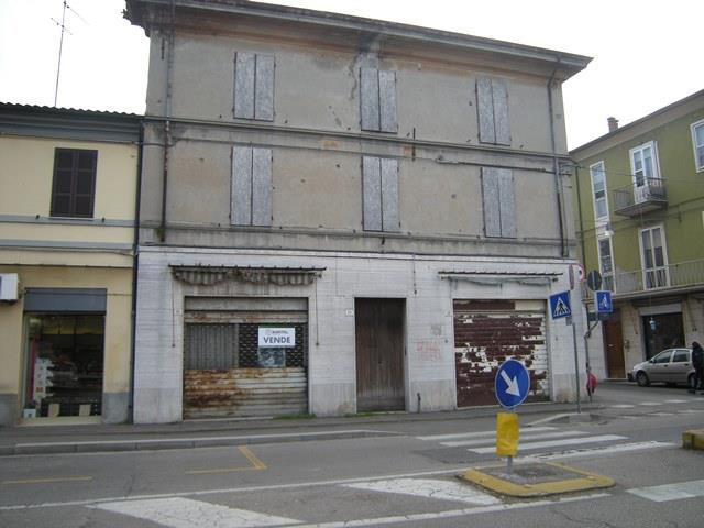 Palazzo / Stabile in vendita a Forlì, 10 locali, zona Zona: Centro, prezzo € 325.000 | CambioCasa.it