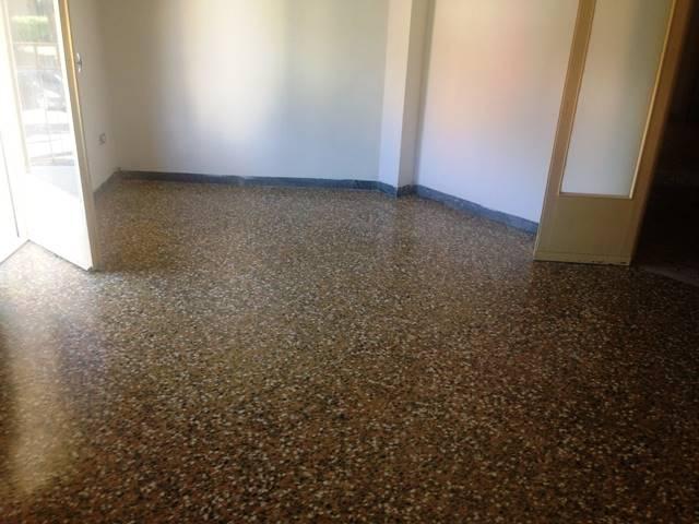 Appartamento in affitto a Forlì, 5 locali, zona Zona: Semicentro, prezzo € 450 | CambioCasa.it