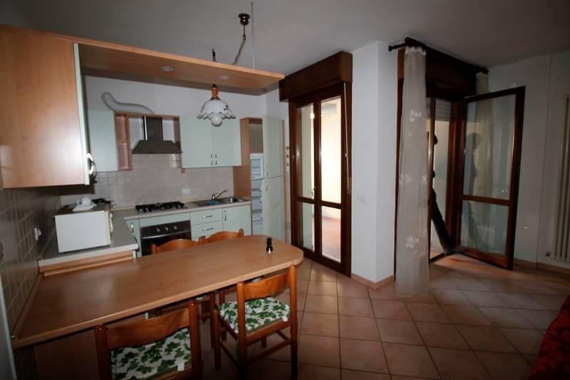 Appartamento in affitto a Forlì, 3 locali, zona Zona: Semicentro, prezzo € 500   CambioCasa.it