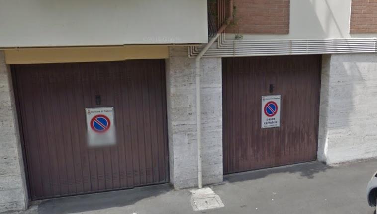 garage-Box-posto auto  in Affitto a Padova