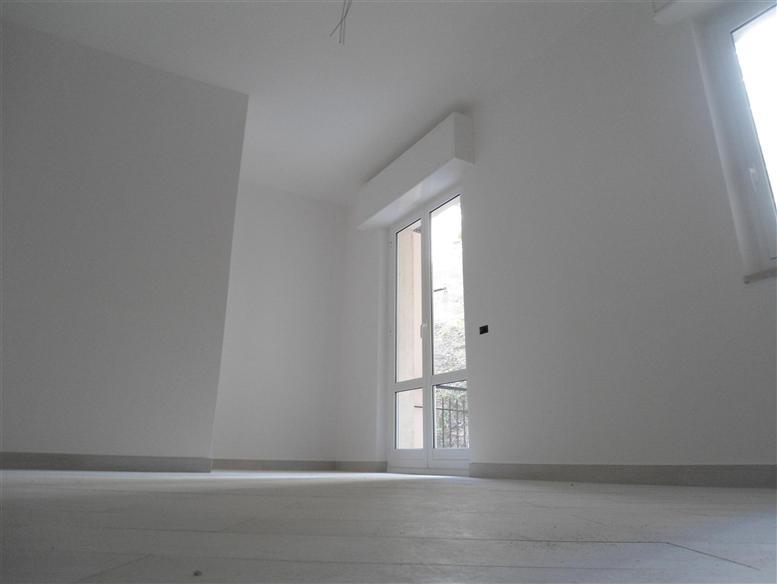Appartamento in vendita a Spotorno, 3 locali, prezzo € 280.000 | Cambio Casa.it