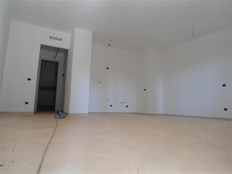Appartamento in vendita a Spotorno, 2 locali, prezzo € 260.000 | Cambio Casa.it
