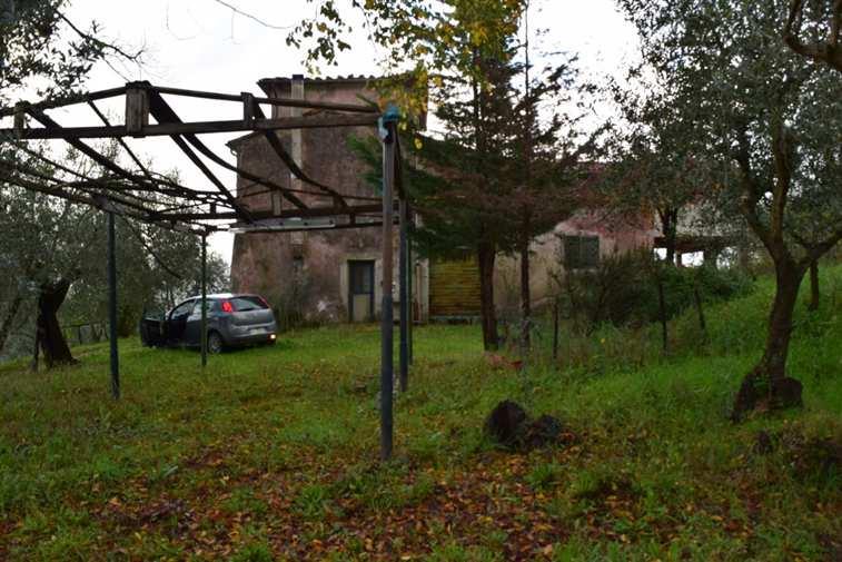 Rustico / Casale in vendita a Quarrata, 10 locali, zona Zona: Montemagno, prezzo € 650.000 | Cambio Casa.it