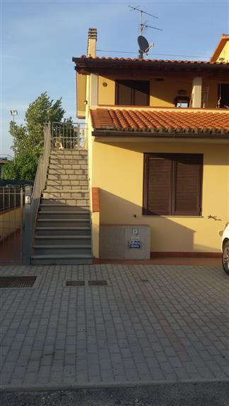 Soluzione Indipendente in affitto a Quarrata, 2 locali, prezzo € 550 | Cambio Casa.it