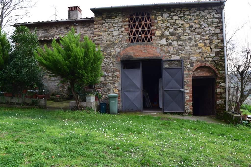 Rustico / Casale in vendita a Quarrata, 12 locali, zona Zona: Tizzana, prezzo € 450.000 | Cambio Casa.it