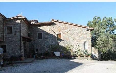 Rustico / Casale in vendita a Quarrata, 9 locali, zona Zona: Buriano, prezzo € 230.000 | Cambio Casa.it