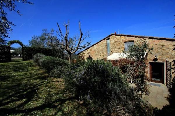 Rustico / Casale in affitto a Quarrata, 10 locali, zona Zona: Tizzana, prezzo € 2.000 | Cambio Casa.it
