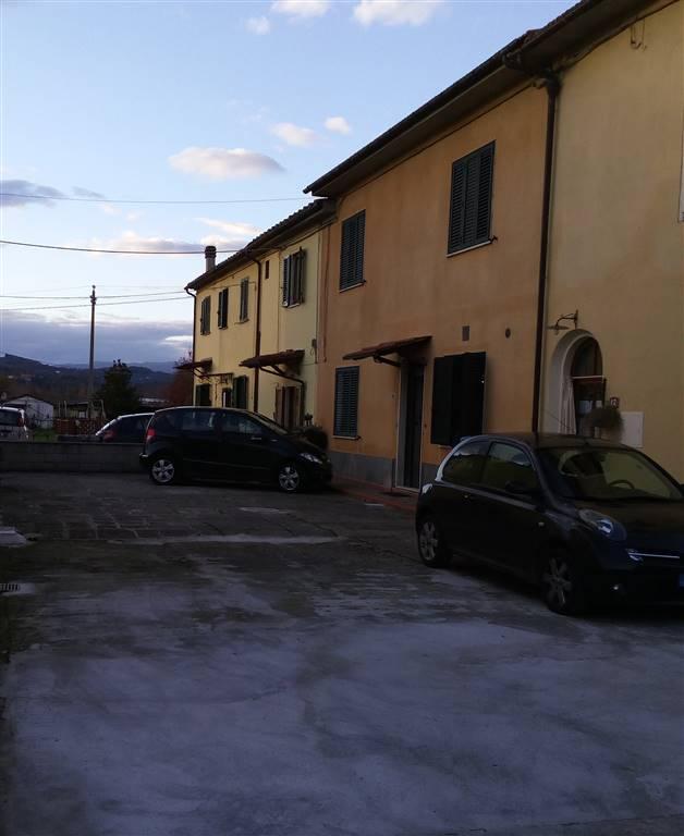 Soluzione Indipendente in vendita a Serravalle Pistoiese, 9 locali, zona Zona: Casalguidi, prezzo € 275.000 | Cambio Casa.it