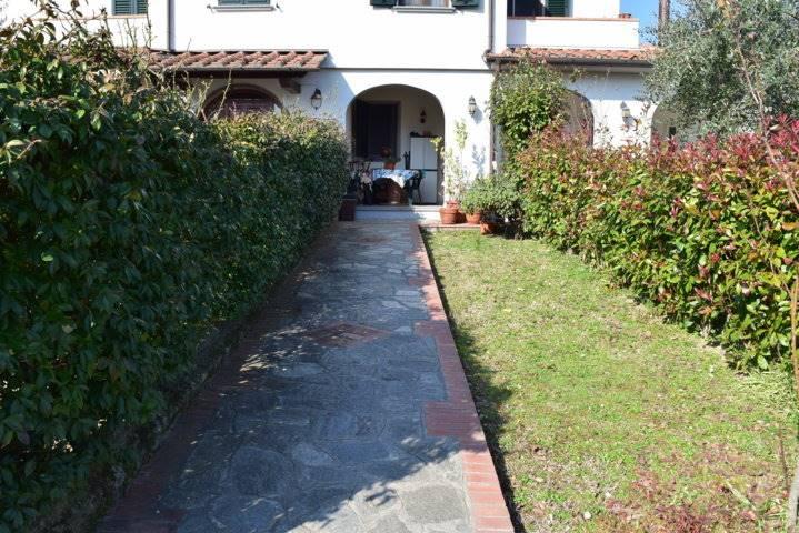 Soluzione Indipendente in affitto a Quarrata, 3 locali, prezzo € 580 | Cambio Casa.it