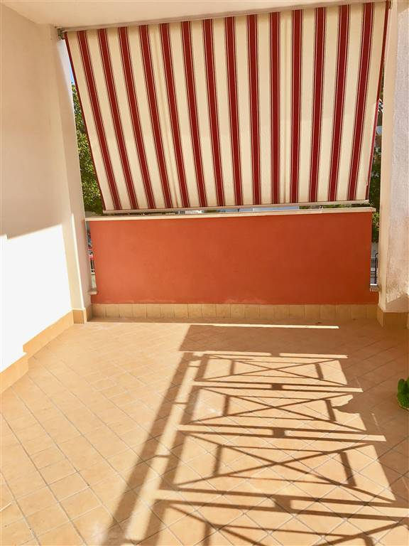 Appartamento in vendita a Santa Marinella, 3 locali, prezzo € 145.000 | CambioCasa.it