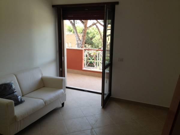 Appartamento in vendita a Santa Marinella, 2 locali, prezzo € 120.000 | CambioCasa.it