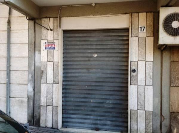 Negozio / Locale in affitto a Civitavecchia, 2 locali, prezzo € 800 | Cambio Casa.it
