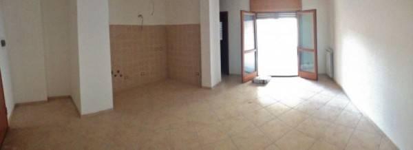 Appartamento in vendita a Civitavecchia, 2 locali, prezzo € 185.000 | Cambio Casa.it