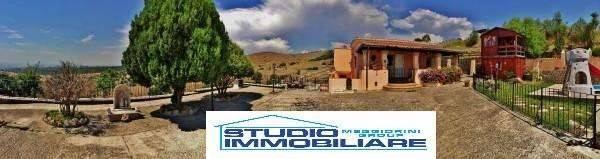 Villa in vendita a Civitavecchia, 6 locali, prezzo € 630.000 | Cambio Casa.it