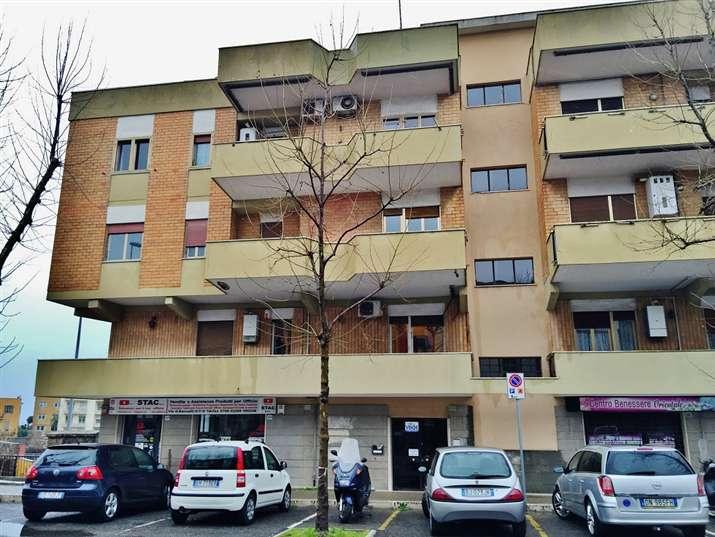 Appartamento in vendita a Civitavecchia, 3 locali, prezzo € 189.000 | Cambiocasa.it
