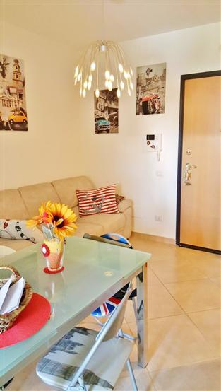 Appartamento in vendita a Civitavecchia, 2 locali, prezzo € 115.000 | Cambio Casa.it