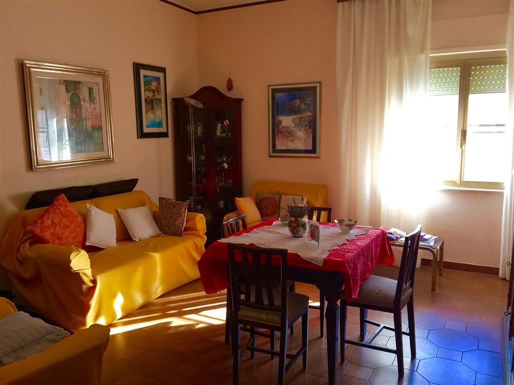 Appartamento in vendita a Civitavecchia, 3 locali, prezzo € 159.000 | Cambio Casa.it