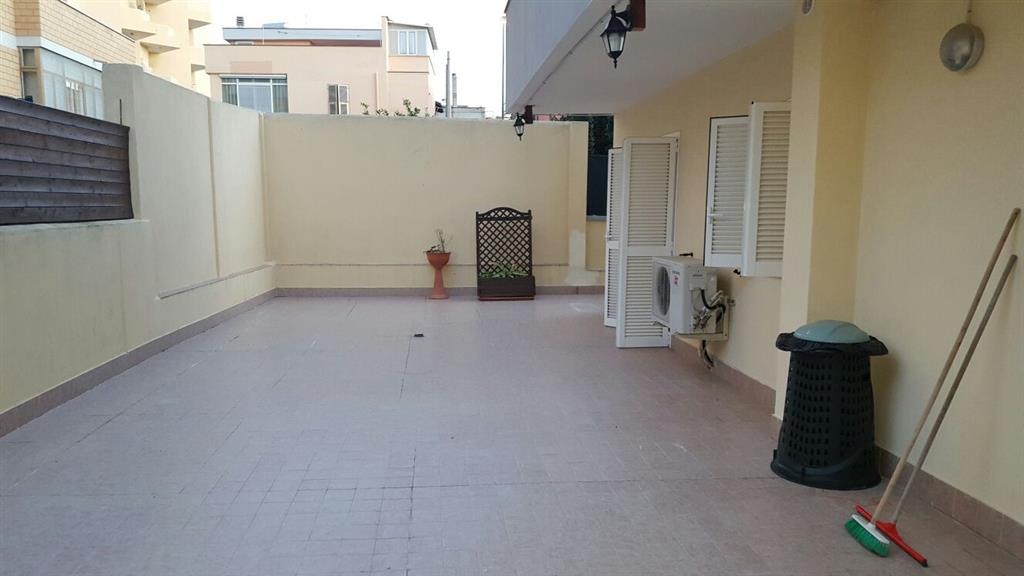 Appartamento in vendita a Civitavecchia, 2 locali, prezzo € 130.000 | Cambio Casa.it