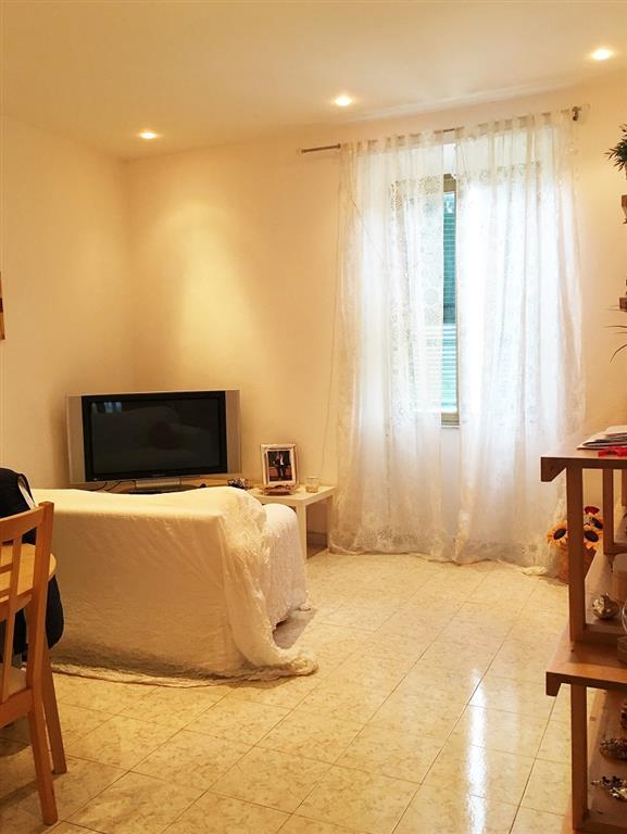Appartamento in vendita a Civitavecchia, 3 locali, prezzo € 130.000 | Cambio Casa.it