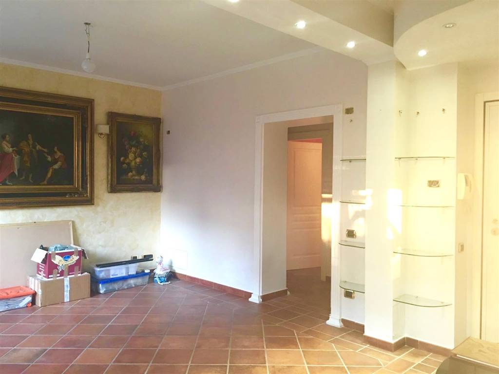 Soluzione Indipendente in vendita a Civitavecchia, 5 locali, prezzo € 210.000   Cambio Casa.it