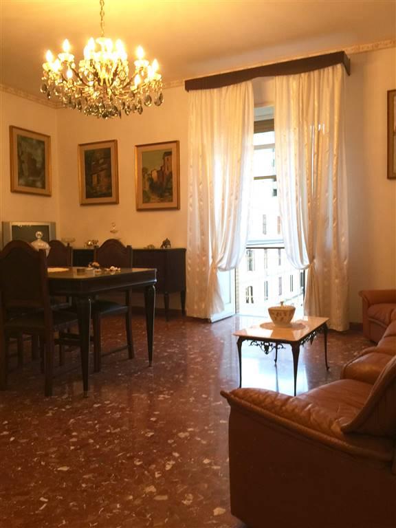 Appartamento in vendita a Civitavecchia, 5 locali, prezzo € 230.000 | Cambio Casa.it