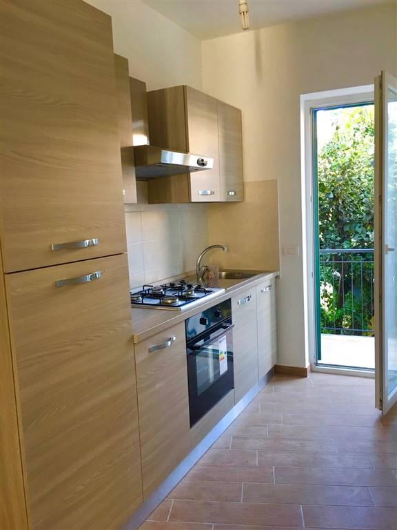 Appartamento in vendita a Civitavecchia, 3 locali, prezzo € 150.000 | Cambio Casa.it