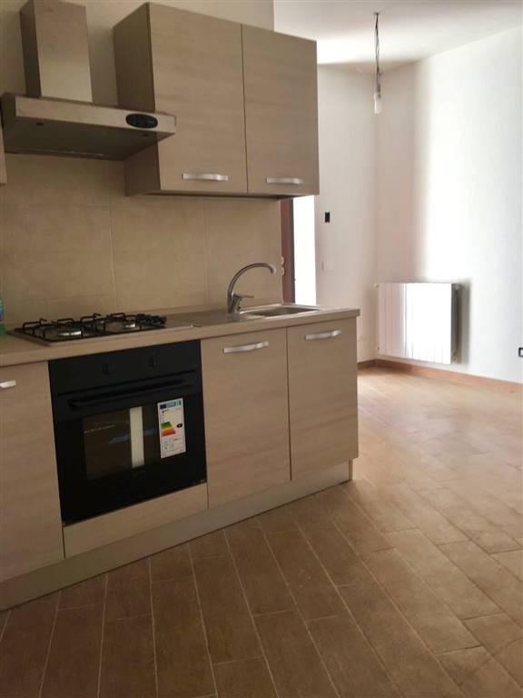 Soluzione Indipendente in vendita a Civitavecchia, 2 locali, prezzo € 100.000   Cambio Casa.it