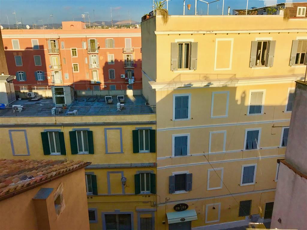 Appartamento in vendita a Civitavecchia, 2 locali, prezzo € 65.000 | CambioCasa.it
